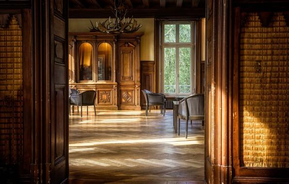 Picture room, interior, door, window, chairs, chandelier, wardrobe, hall, living room