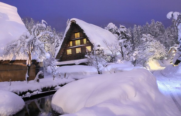 Picture snow, house, the evening