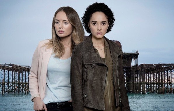 Picture look, pose, the series, look, pose, TV series, Karla Crome, Laura Haddock, Laura Haddock, Hayley …