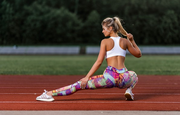 Picture pose, sport, model, makeup, Mike, figure, hairstyle, blonde, track, sitting, sneakers, stretching, ass, ponytail, squat, …