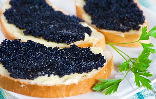Picture macro, sandwich, black caviar