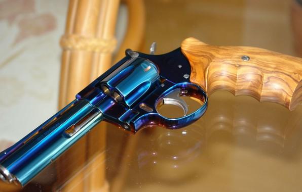 Picture Gun, Magnum, Weapon