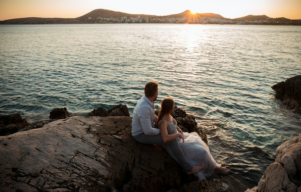 Picture landscape, sunset, romance, lovers, look into the distance, coast, a pair of lovers, sunset on …
