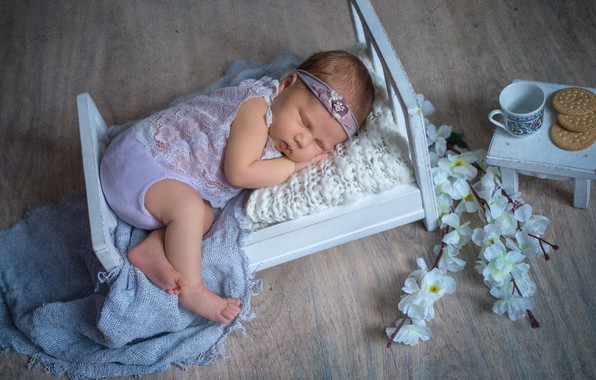 Picture flowers, branches, sleep, cookies, Cup, table, child, baby, cot, Наталья Михайлова