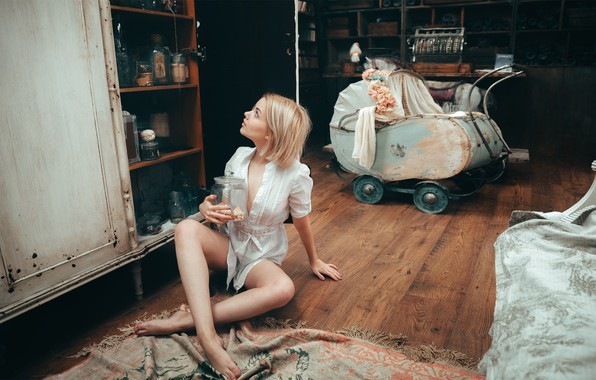 Picture girl, stroller, Bank, on the floor, Victoria Sokolova, Andrey Vasilyev