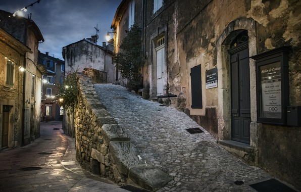 Picture Provence, Menerbes at dusk, southern France