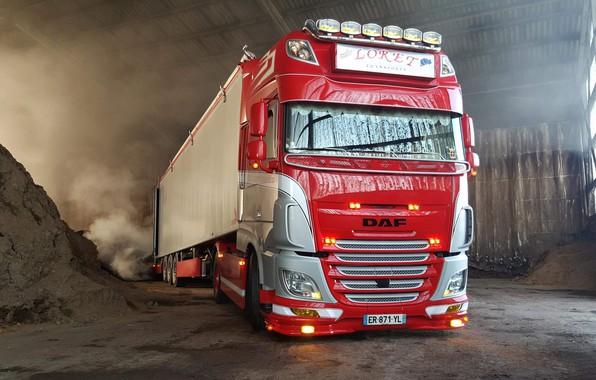 Picture machine, red, truck