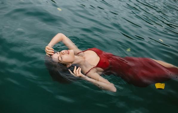 Picture water, girl, pose, mood, the situation, hands, dress, closed eyes, yellow leaf, Juliana Mizinova