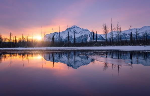 Picture lake, mountain, morning