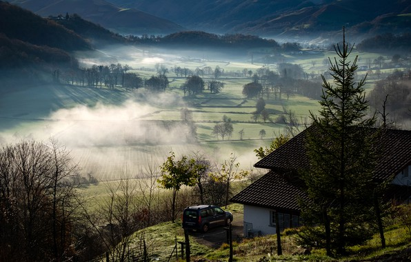 Picture machine, the sun, trees, mountains, fog, house, France, field, morning, Basque