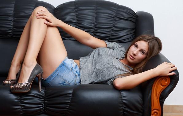 Fabulous Wallpaper Sofa Feet Model Shoes Lies Conny Josephine Pdpeps Interior Chair Design Pdpepsorg