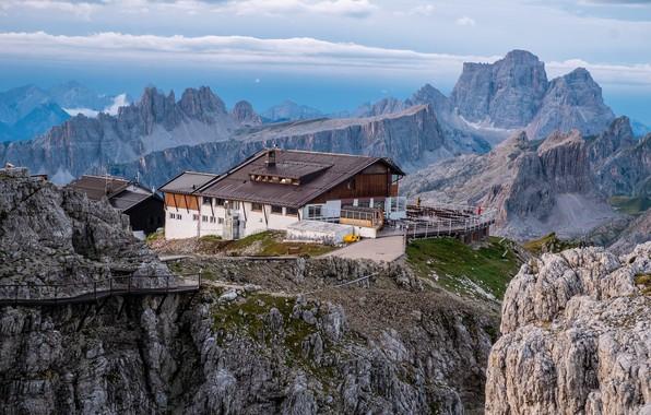 Picture landscape, mountains, house, the building