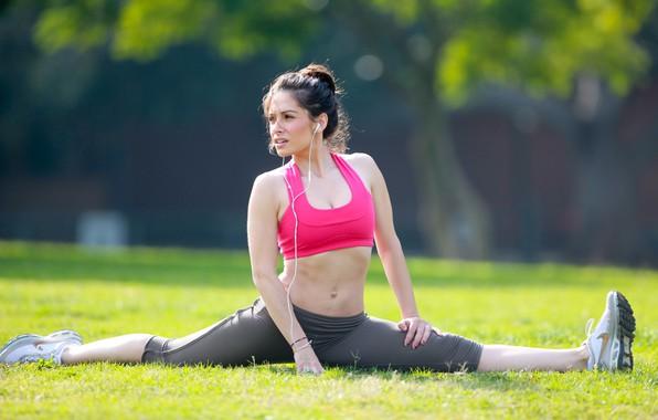 Picture look, girl, pose, model, makeup, figure, actress, twine, hair, look, pose, actress, Sarah Shahi, warm-up, …