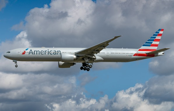 Picture Boeing, 777-300ER, American Airlines