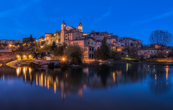 Picture lights, the evening, Spain, Catalonia, Gironella