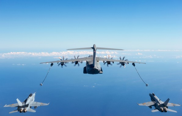 Picture A400М, F/A-18 Hornet, Air refueling, Airbus A400M Atlas, The air force of Spain, Airbus Military