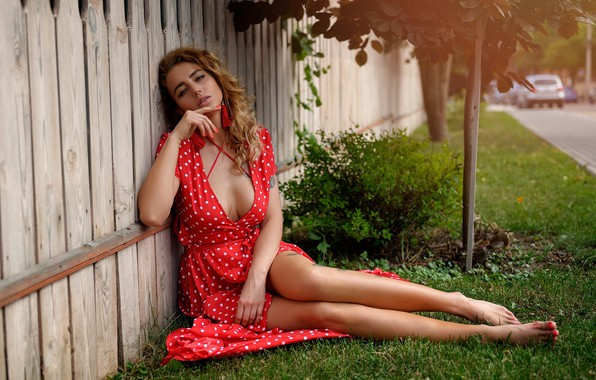 Picture road, look, trees, sexy, pose, lawn, model, the fence, portrait, makeup, figure, dress, hairstyle, brown …