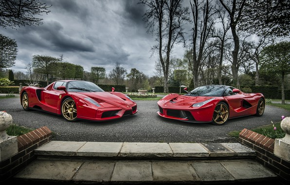 Picture Ferrari, Evolution, Enzo, And, Laferrari, Roso Corsa