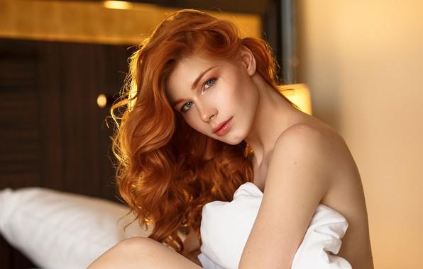 Picture girl, shoulders, red, Anastasia Zhilina, Alexander Chuprina
