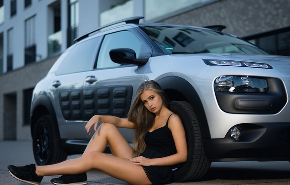 Picture auto, look, Girls, beautiful girl, posing on the car, Citroen C4