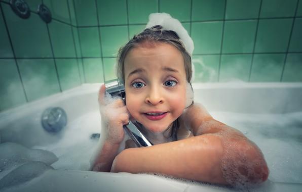Picture foam, children, youth, tile, the game, shower, grey eyes, девочка в ванной, алле