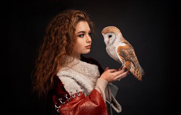 Picture girl, owl, bird, portrait, makeup, curls, the barn owl, the dark background, Alina Zaslavska, Gregory …