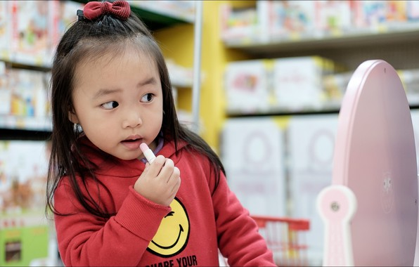 Picture glamour, funny, children, kid, mirror, Asian Girl, lipstick, flirtatious
