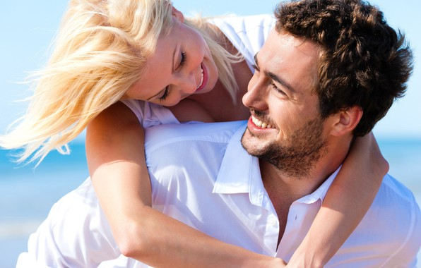 Picture look, girl, the sun, happiness, laughter, hugs, pair, male, lovers