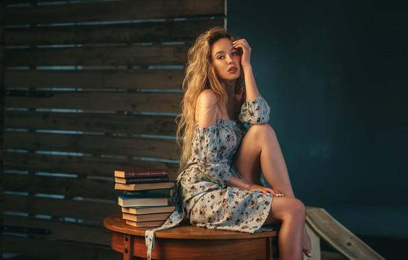Picture books, Girl, dress, sitting, shoulders, Sasha Rusko