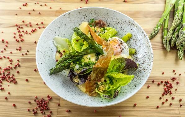 Picture egg, salad, spices, asparagus