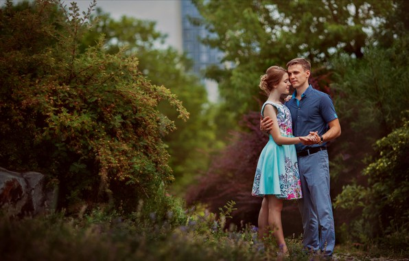 Picture summer, girl, nature, romance, pair, guy, the bushes, lovers