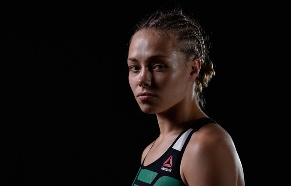 Picture UFC, Rose Namajunas, Master of mixed martial arts, Rose Gertrude Namajunas, Defending champion minimum weight