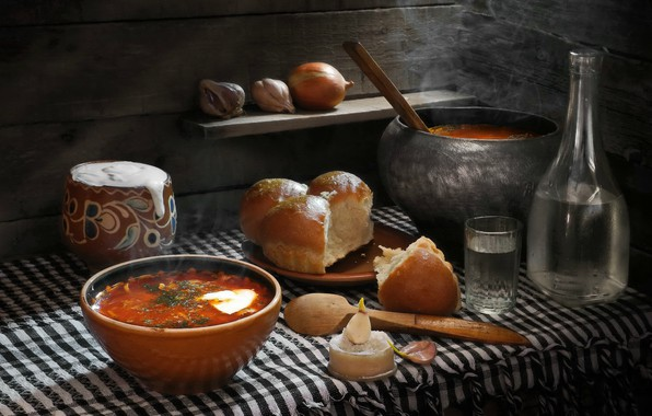Picture glass, Board, bow, plate, spoon, napkin, soup, garlic, sour cream, bottle, dumplings, pot, Sergey Pounder