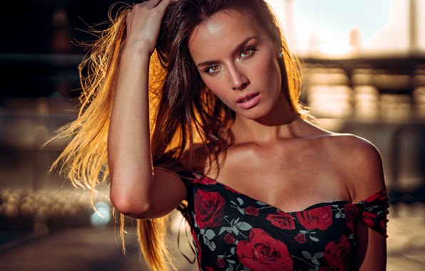 Picture look, girl, face, hair, hand, portrait, neckline, Marco Squassina, Marialaura Hunting