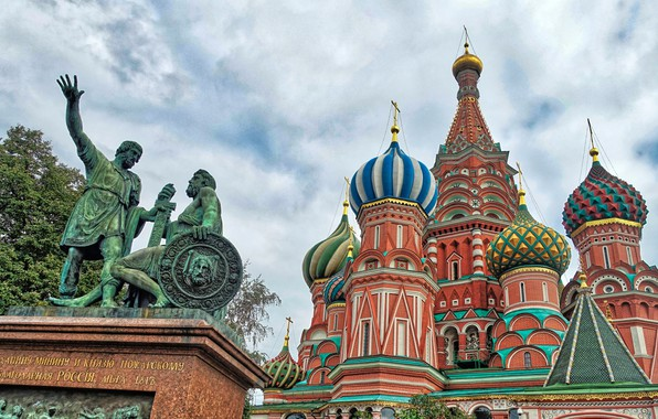 Picture the sky, monument, Moscow, Cathedral, temple, St. Basil's Cathedral, Russia, Monument to Minin and Pozharsky
