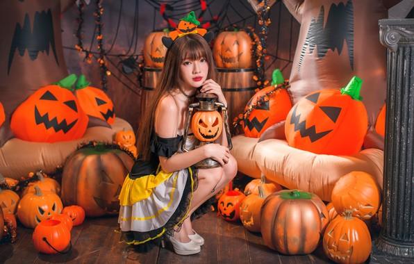 Picture girl, pumpkin, Halloween, Asian, 31 Oct