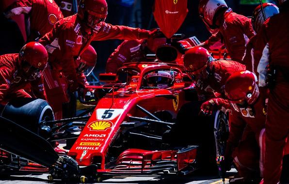 Picture Ferrari, sport, Formula 1, race, men, Sebastian Vettel, pilot, mechanics, Pit stop, Ferrari SF71H