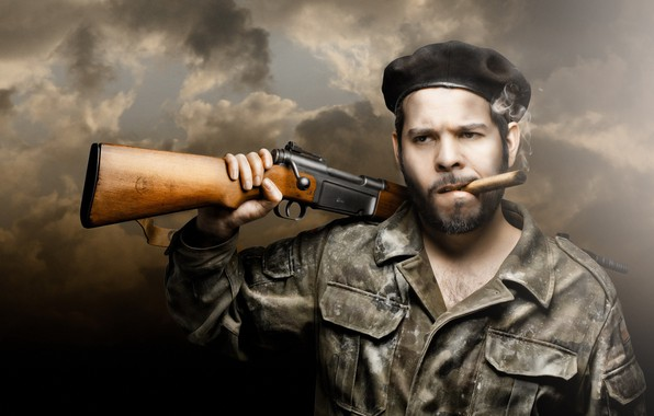 Picture people, cigar, rifle