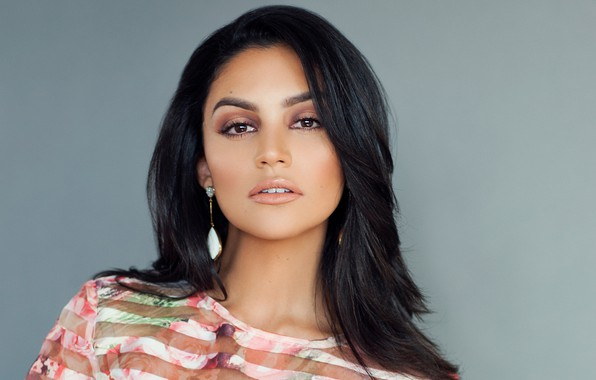Picture look, girl, face, earrings, actress, brunette, beauty, Bianca Santos