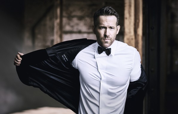 Picture look, male, shirt, Ryan Reynolds, jacket