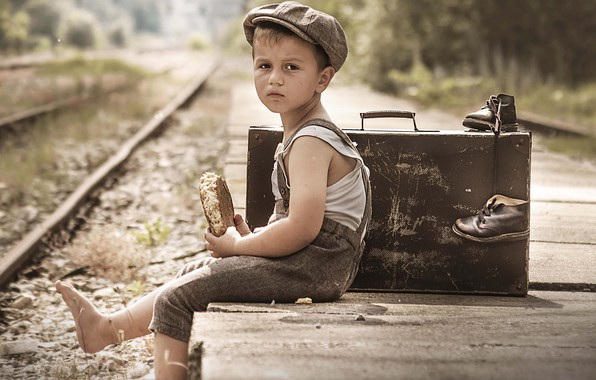 Picture boy, railroad, suitcase