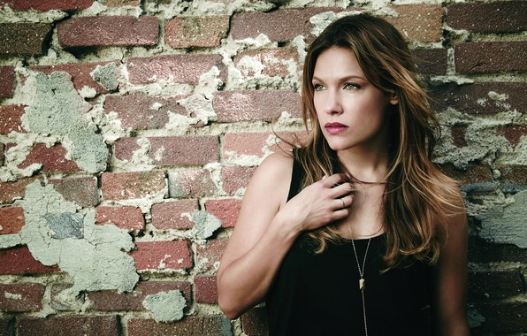 Picture look, pose, makeup, the series, hair, Kingdom, Kingdom, Kiel Sanchez, Kiele Sanchez, background wall, Lisa …