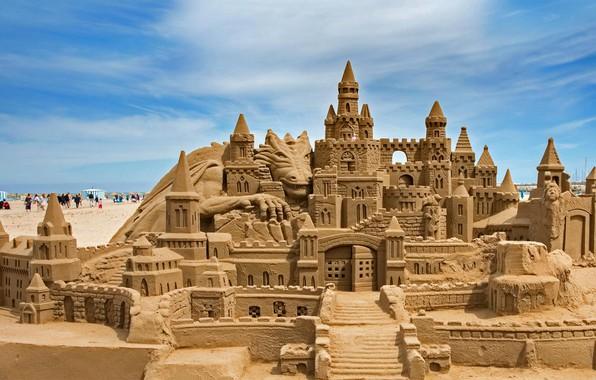 Picture Spain, Valencia, sand castle, Malvarrosa beach