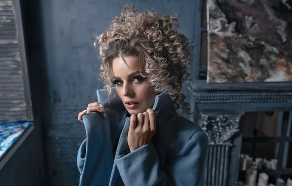 Picture look, girl, face, pose, portrait, makeup, curls, Vadim Mironov, Wiki Mozartina