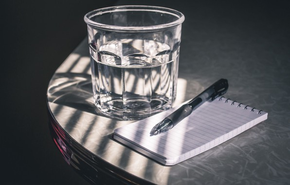 Picture glass, table, handle, Notepad