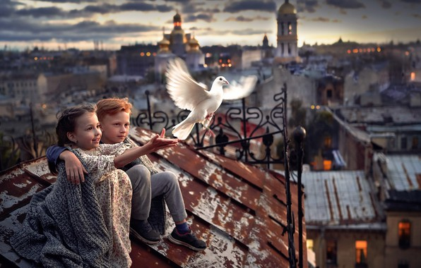 Picture the city, bird, boy, girl
