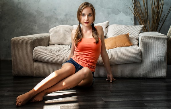 Picture look, pose, sofa, model, shorts, portrait, pillow, makeup, Mike, figure, hairstyle, braids, brown hair, legs, …