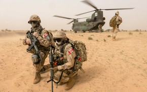 Picture weapons, CH-147 Chinook, army, soldiers, Mali