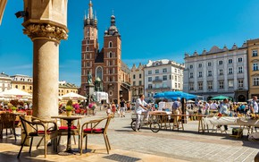 Picture home, area, Poland, cafe, Krakow, St. Mary's Church