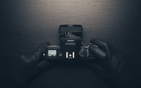 Picture camera, hands, gloves